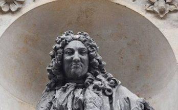 'দাস ব্যবসায়ীদের ভাস্কর্য ভেঙে ফেলা উচিত'