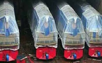 ১০টি রেল ইঞ্জিন 'ঈদ উপহার' দিল ভারত