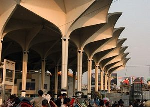 ঢাকা থেকে সারাদেশে যাত্রীবাহী ট্রেন চলাচল বন্ধ